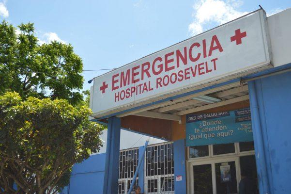 Hospitales Públicos: medicinas vencidas o anaqueles vacíos