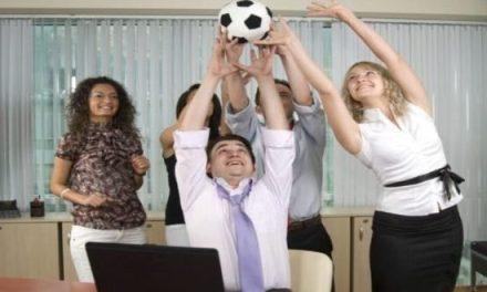 Un pacto colectivo para ver el Mundial en el trabajo