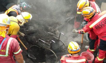 Volcán de Fuego: los cuerpos que aún rescatan bajo la tierra y el olvido