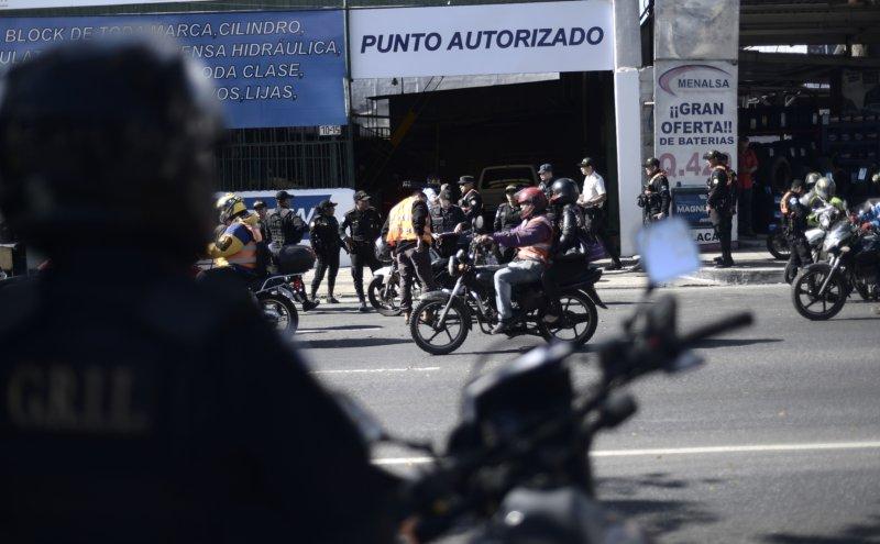 """Policía Especial sale a las calles para provocar más alarma que calma<span class=""""wtr-time-wrap after-title"""">Lectura de <span class=""""wtr-time-number"""">2</span> min.</span>"""