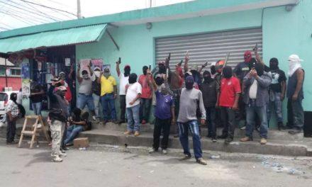 Bárcenas, Villa Nueva se transforma en campo de balas, amenazas y terror