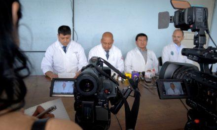 Médicos y maestros a la lista de espera de fondos