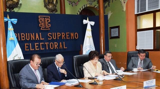 Sumas y restas en el TSE previo a convocatoria a elecciones