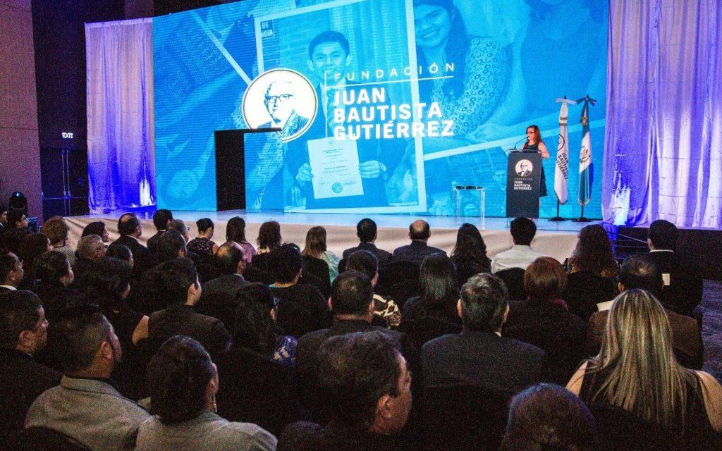 "Fundación Juan Bautista Gutiérrez beca a 33 jóvenes en su programa universitario<span class=""wtr-time-wrap after-title"">Lectura de <span class=""wtr-time-number"">3</span> min.</span>"