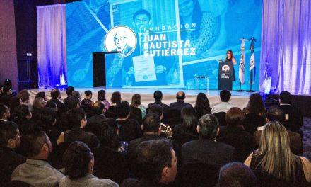 Fundación Juan Bautista Gutiérrez beca a 33 jóvenes en su programa universitario