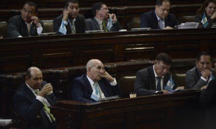 """Antejuicio Magistrados CC:  UNE: """"todo está supeditado al momento político"""""""
