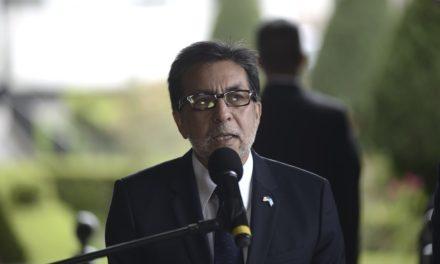 """Luis Arreaga: """"La corrupción y el narcotráfico existen porque puede corromper a estructuras gubernamentales""""."""
