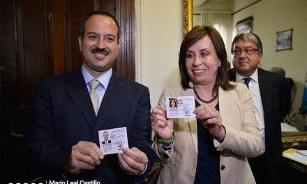 Escuchas telefónicas y testimonios vinculan a Sandra Torres a caso de corrupción