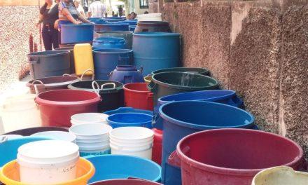 Ciudad sin Agua: un suplicio diario en 50 mil hogares de la metrópoli