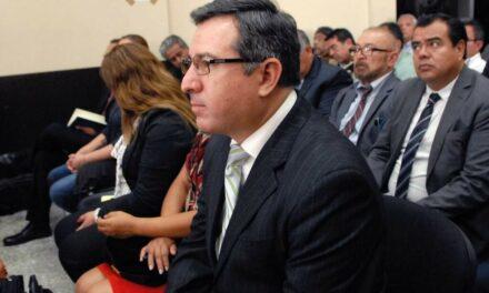 """Una de las mentes del """"asalto"""" al Ministerio de Salud aparece en los juzgados"""