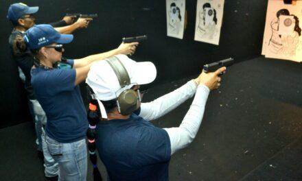 Jueces y magistrados: armas en mano y a disparar