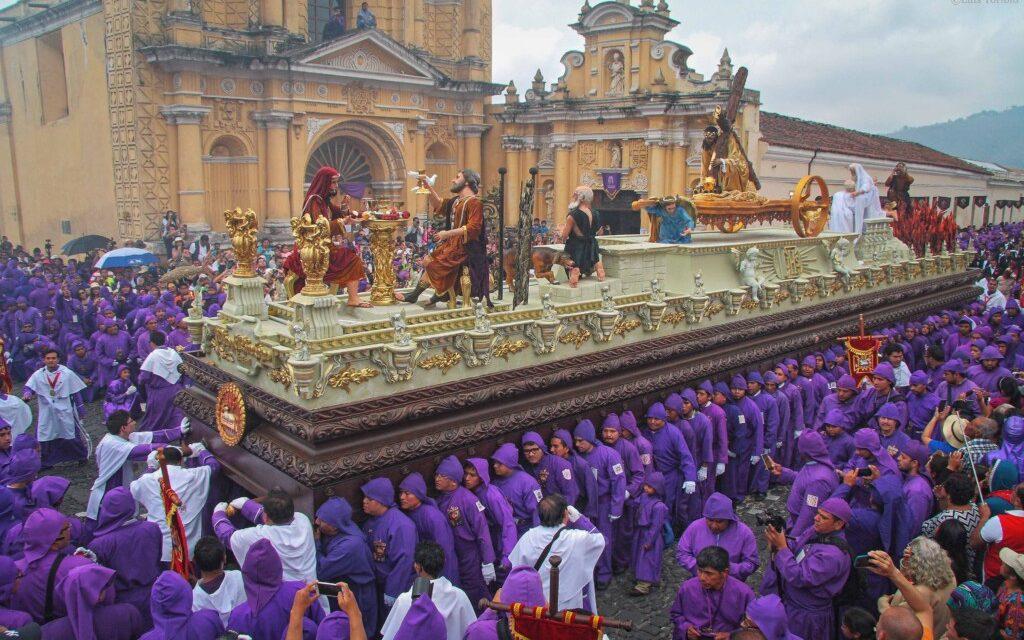 """""""Semana Santa"""" en octubre: ese es el plan de la Antigua Guatemala<span class=""""wtr-time-wrap after-title"""">Lectura de <span class=""""wtr-time-number"""">4</span> min.</span>"""