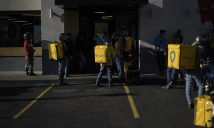 Repartidores: en tiempo de crisis Glovo nos pone en crisis