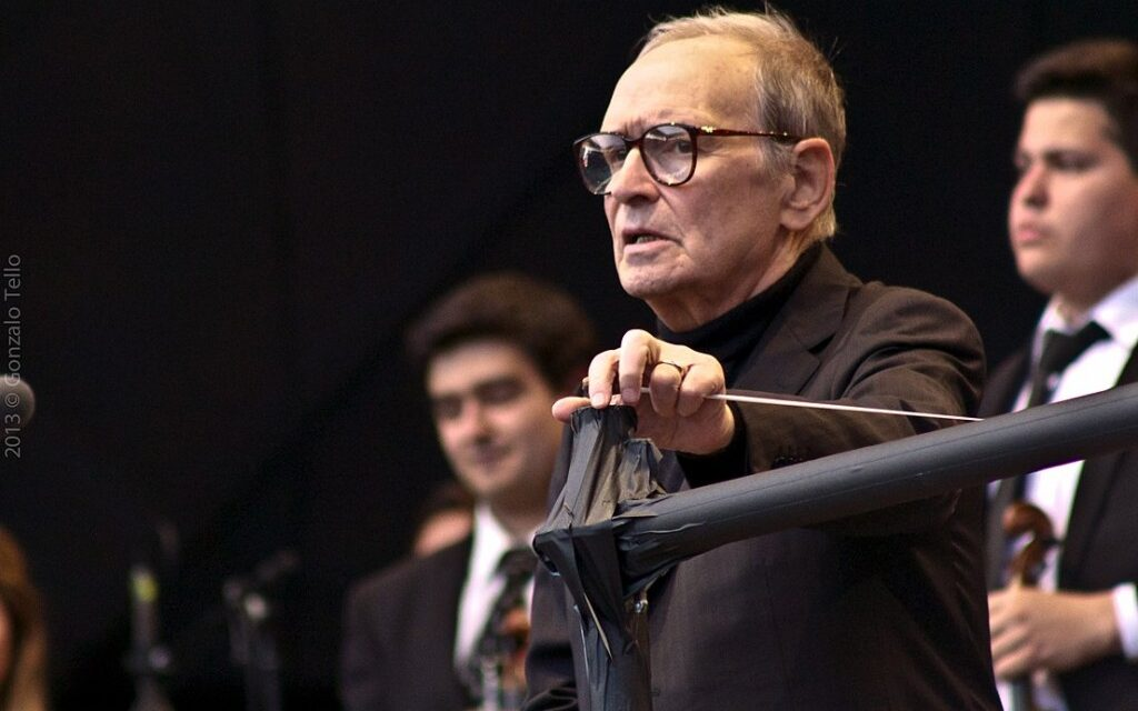 "Ennio Morricone: 5 películas esenciales<span class=""wtr-time-wrap after-title"">Lectura de <span class=""wtr-time-number"">3</span> min.</span>"