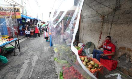 Gobierno: ya no hay dinero para apoyar a 100 mil vendedores populares