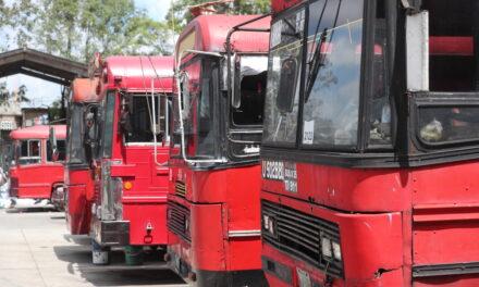 Trasporte público continua irregular y repercute en el presupuesto personal