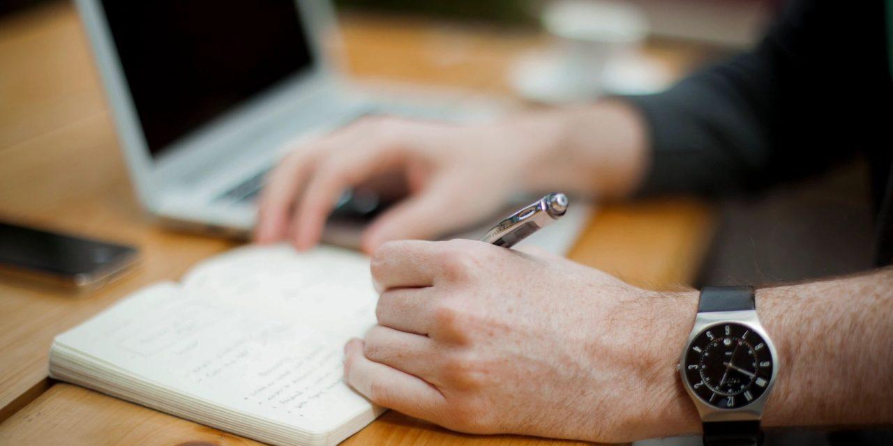 "Tres tips para buscar empleo después del confinamiento<span class=""wtr-time-wrap after-title"">Lectura de <span class=""wtr-time-number"">2</span> min.</span>"
