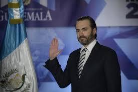 """Acisclo Valladares: beneficios en EE. UU. y evadir la justicia en Guatemala<span class=""""wtr-time-wrap after-title"""">Lectura de <span class=""""wtr-time-number"""">3</span> min.</span>"""